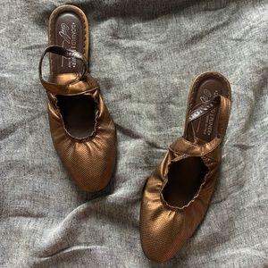 Donald Pliner bronze sling back flats size 8.5